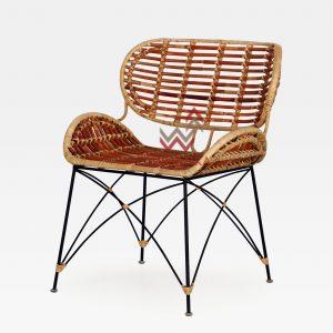 Noura Rattan Dining Chair Tampak Perspektif