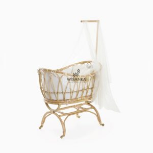 Lomy Rattan Baby Crib with wheels